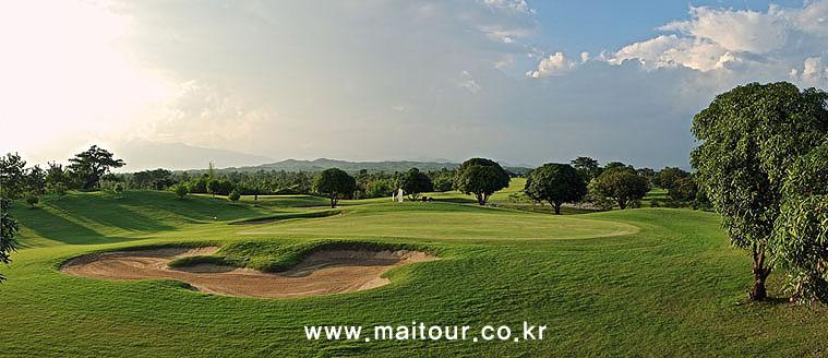 치앙마이 인타논 골프 클럽 18