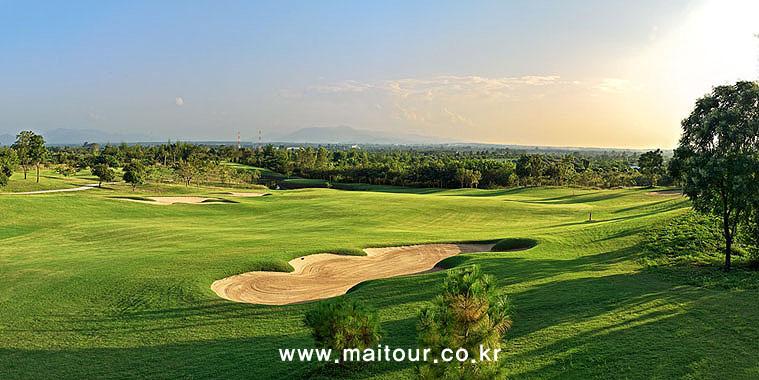 치앙마이 인타논 골프 클럽 19