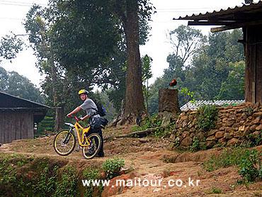 Mountain Biking 25