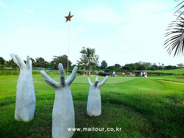 치앙마이 인타논 골프 클럽 3