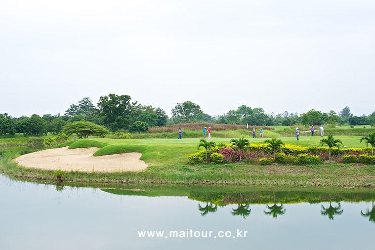 치앙마이 인타논 골프 클럽 16