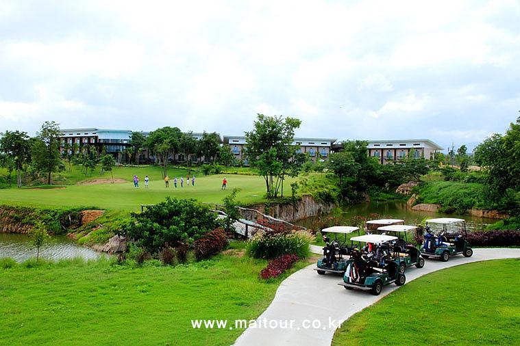치앙마이 인타논 골프 클럽 10