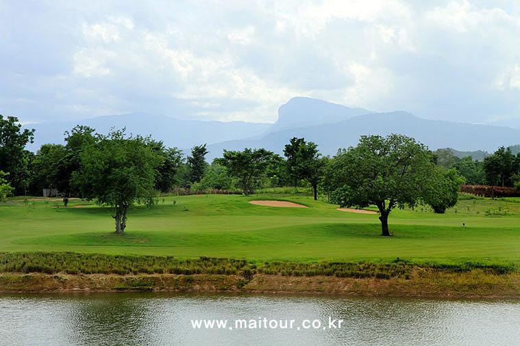 치앙마이 인타논 골프 클럽 9