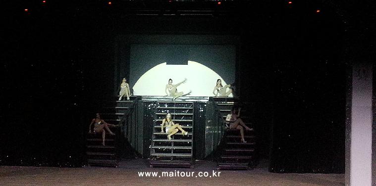 치앙마이 카바레 쇼 14